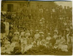 Charles and Bantam Families 1915